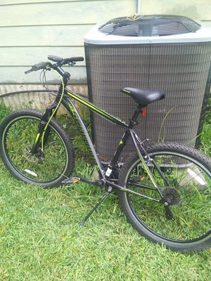 Schwinn Sidewinder bike 21 speed for Sale in Alvin, TX
