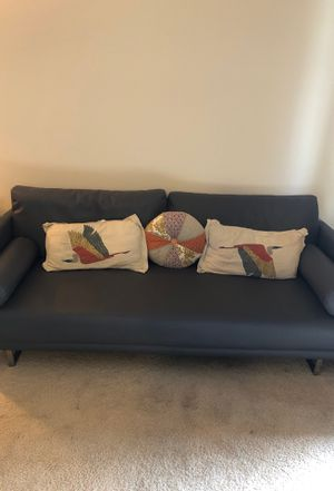 Grey leather Sofa for Sale in Los Angeles, CA