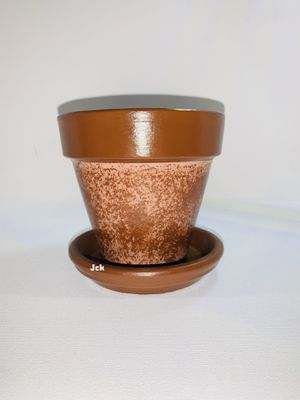 Brown hand painted flower pot for Sale in Los Angeles, CA