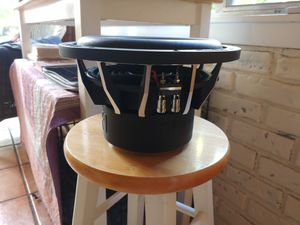 """Nvx vcw 10"""" subwoofer dual 4ohm for Sale in San Rafael, CA"""