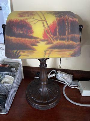 Antique table lamp for Sale in Pembroke Pines, FL