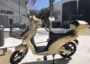 Superfly 2019 electric scooter electric bike electric bicycle electric motorcycle moped ebike AmericanElectric Vespa Kawasaki Tao Yamaha Honda bmw Mi for Sale in Key Biscayne, FL
