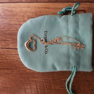 Tiffany's and Co Elsa Peretti Heart Necklace for Sale in Menifee, CA