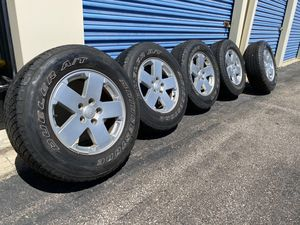 """Jeep Wrangler Rims and Tires 18"""" for Sale in Bedford, OH"""