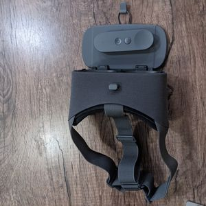 Daydream VR Headset for Sale in Sunnyvale, CA