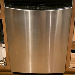 GE Profile Dishwasher for Sale in Annandale, VA