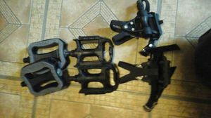 3 diffrent sets bike pedals 1 pr racing pedal for Sale in Cleveland, OH