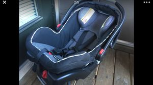 Car seat free for Sale in Federal Heights, CO