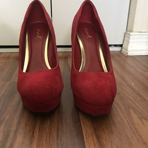 Red heels size 9 for Sale in Miami, FL