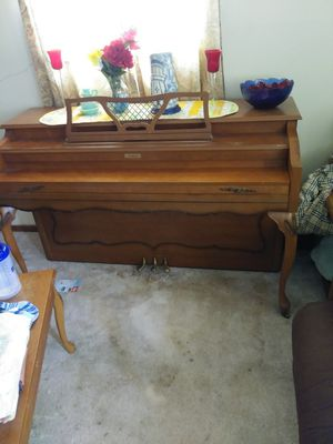 Currier piano w/bench. Plays well. $300 firm. Serious buyers only. for Sale in Moline, IL