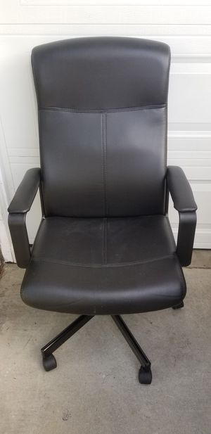 New high back office chair for Sale in Vernon, CA