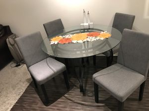 4 Seat, glass, kitchen table for Sale in Los Angeles, CA
