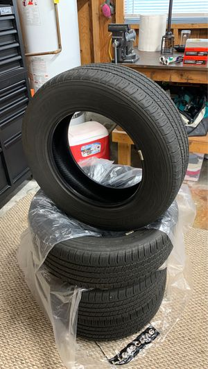 Good year all season tires set of 4 size 215/65R16 for Sale in Puyallup, WA
