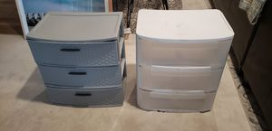 Two Sterilite closet organizers plastic drawers for Sale in Orlando, FL