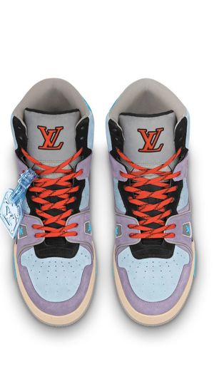 Louis Vuitton 508 trainer sneakers brand new . Louis Vuitton size 8.5 out of stock .US 9.5 42,43 Obo for Sale in Boston, MA