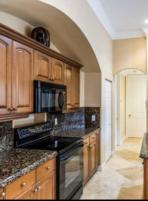 Microwave and stove for Sale in Boynton Beach, FL