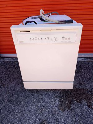 Kenmore Dishwasher. 100% FULLY WORKING! for Sale in Hollywood, FL