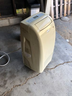 Air Conditioner- 2005 Whirlpool ACP102PS2 for Sale in Culver City, CA