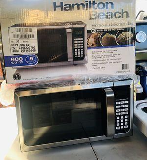 Hamilton beach microwave oven for Sale in Rialto, CA