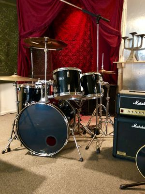 Pearl Drum Kit / set/ pro / professional for Sale in Houston, TX