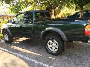 2001 Toyota tacoma for Sale in Pompano Beach, FL