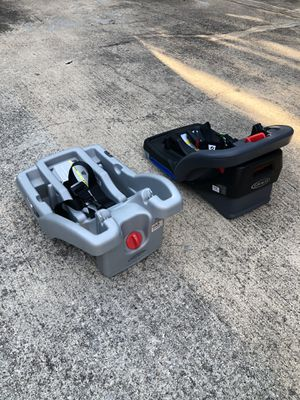 Graco Click and Connect Car seat Bases - (2) $40 for Sale in Allen, TX