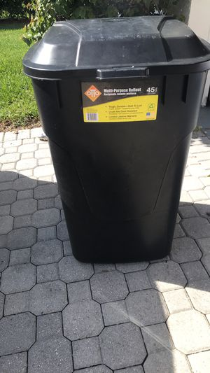 New 45 gallon garbage can for Sale in Lake Worth, FL