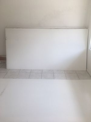 4x8 wood panels 1/4 inches for freee for Sale in Tampa, FL