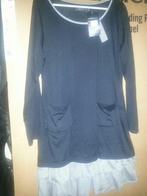 New lady's shirt XL very nice for Sale in Glen Burnie, MD
