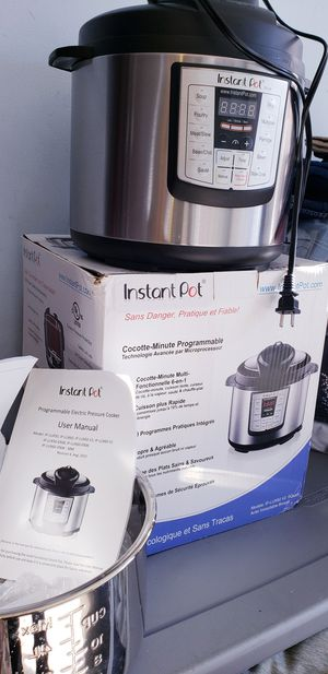 6Q instapot multi presure cooker New nueva!! Today only!!!! for Sale in Los Angeles, CA
