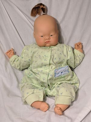 "2003 ASIAN BABY DOLL BY ASHTON DRAKE GALLERIES 18"" for Sale in Hammonton, NJ"