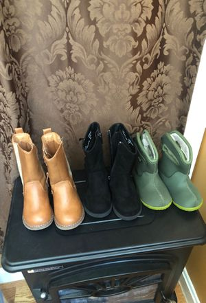 Size 5 little girl boots for Sale in Annandale, VA