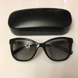 Coach women sunglasses HC8187B(L1597) T 500211 Black for Sale in Fullerton, CA