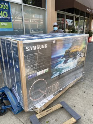 82 INCH SAMSUNG QLED Q7 q70R BRAND NEW HUGE SALE TVS 2019 ! BRAND NEW FULL ARRAY Q70R for Sale in Alhambra, CA