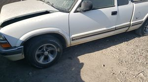 1998 Chevy S10 pickup manual parting out for Sale in Woodland, CA