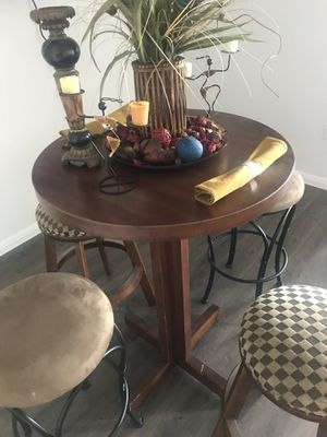 Small Spacious Table for breakfast, dinner, entertainment room or college Dorm Room. for Sale in Hutto, TX