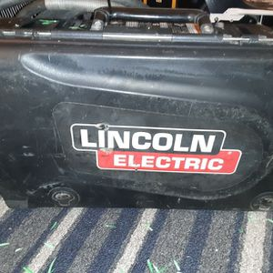 Lincoln Suitcase Welder for Sale in Bonney Lake, WA