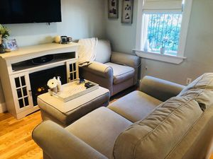living room set for Sale in Boston, MA