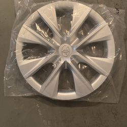 Brand New Toyota Hubcaps for Sale in Lynn,  MA