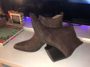 Indigo rd Fall Boots / Shoes for Sale in Philadelphia, PA