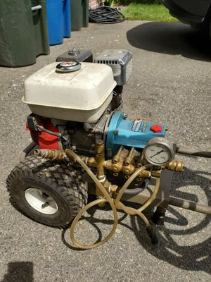 Pressure washer Honda power for Sale in Seattle, WA