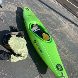 Kayak very good condition for Sale in Bakersfield, CA