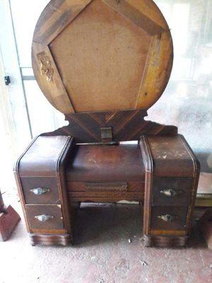 Antique Dresser/Mirror for Sale in Greenville, SC