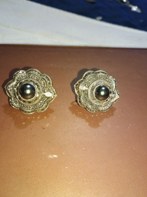 Vintage Sterling Silver Diamond and pearl earrings