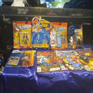 Assortment Of Action Figures & Comic Books for Sale in Tampa, FL