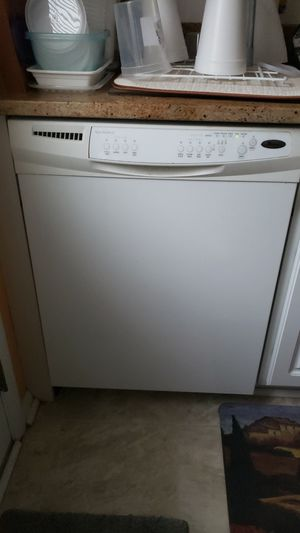 Whirlpool dishwasher for Sale in EASTAMPTN Township, NJ