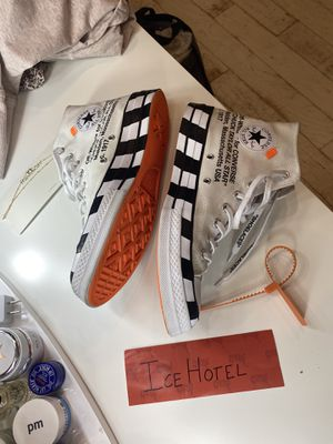 OFF-WHITE CONVERSE SIZE 10 for Sale in Phoenix, AZ