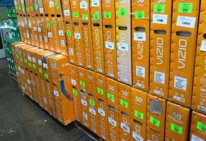 Samsung Vizio LG TVs ! New open box! Must sell liquidation event !! 👍🙏👍🙏 WUDQ for Sale in Fountain Valley, CA