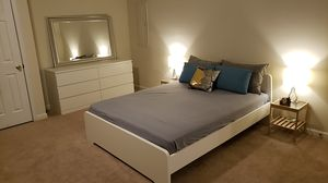 Queen size Bedroom set for Sale in Frederick, MD