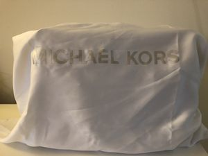 Michael Kors purse for Sale in Hummelstown, PA